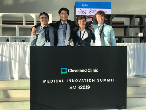Lutheran West Students Serve as Judges in Cleveland Clinic Medical Innovation Summit