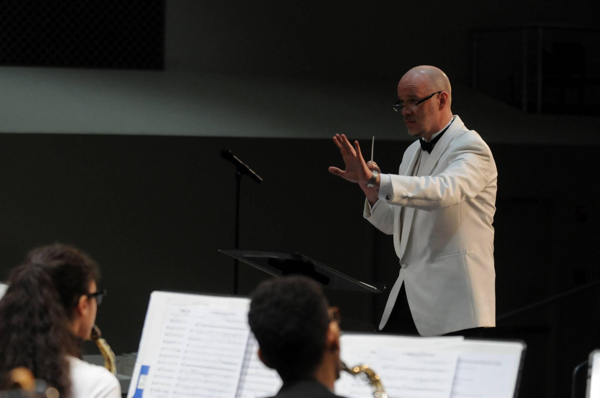 Greg-Conducting2