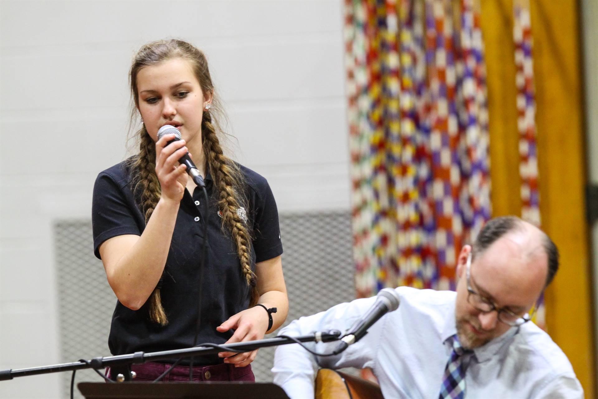 Chapel-Singer