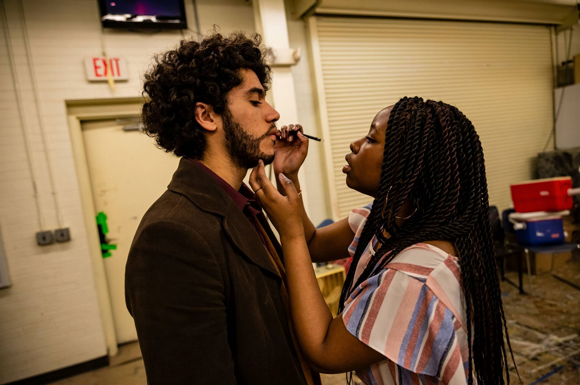 Backstage-Makeup