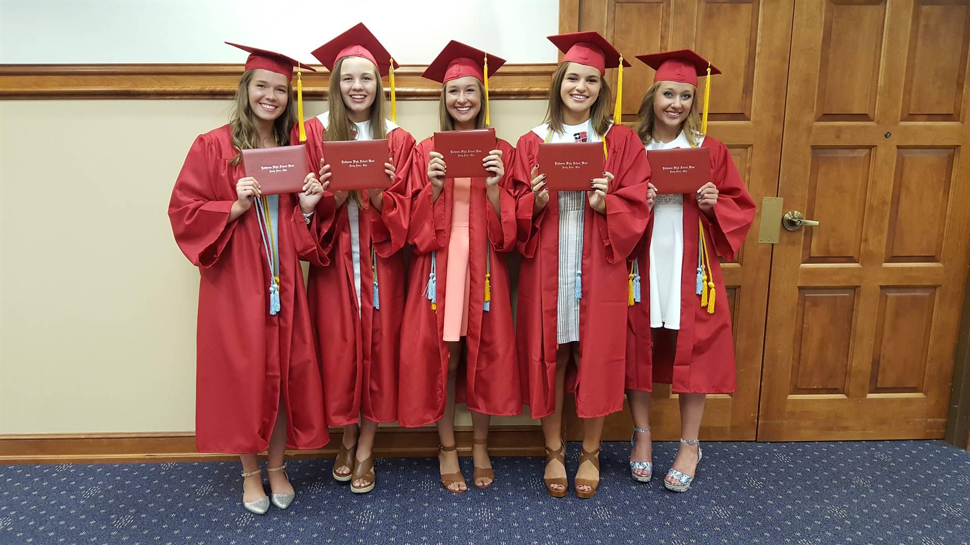 Graduation-Girls